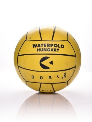 WATERPOLO BALL